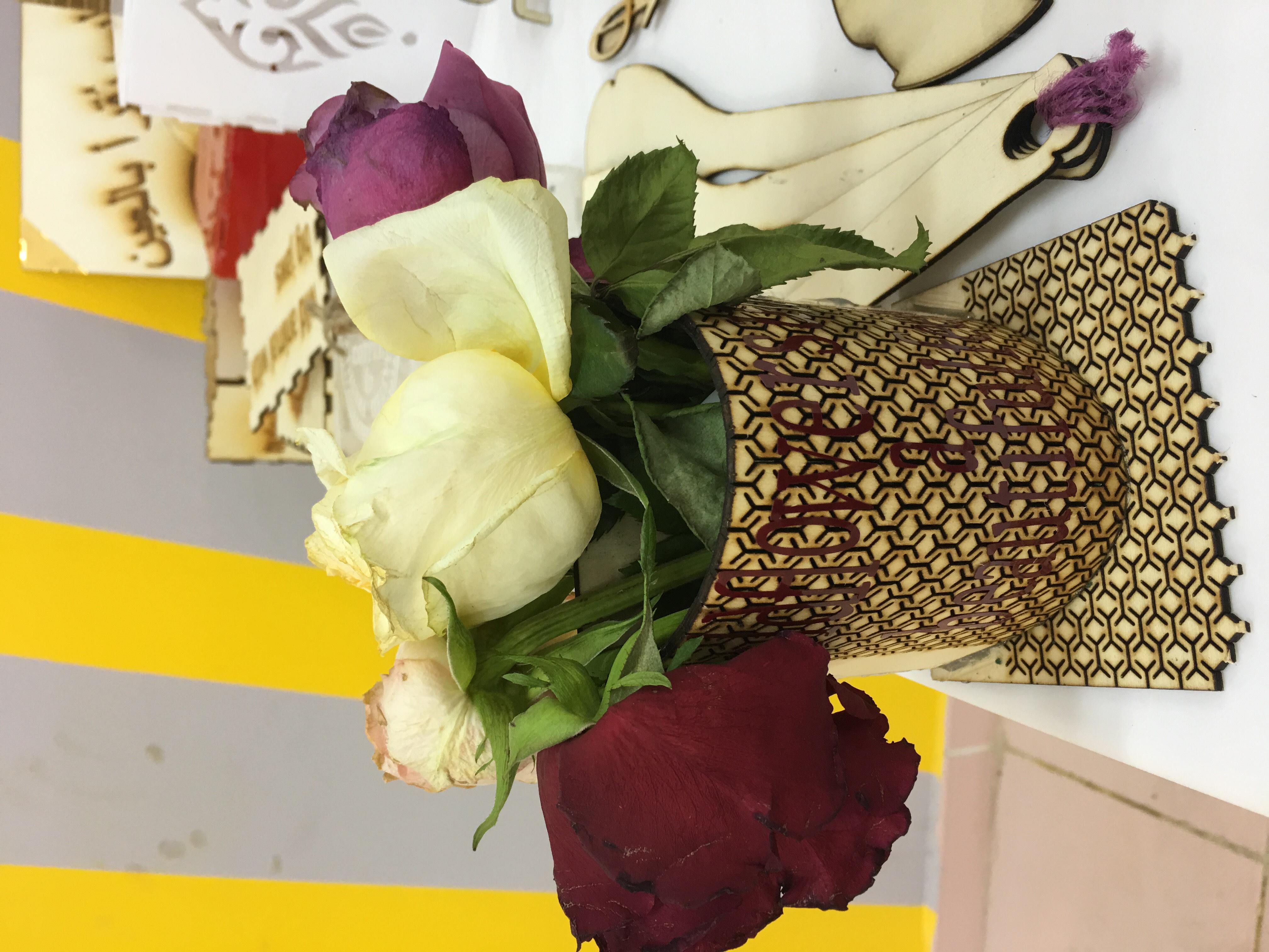 Vases rose