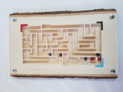 المتاهة الخشبية بإستخدام الة الCarvey (ثانوية نورة الجبر )